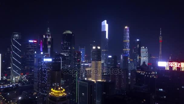 Éjszakai guangzhou ipari városkép légi panoráma. 4k felvétel Kína