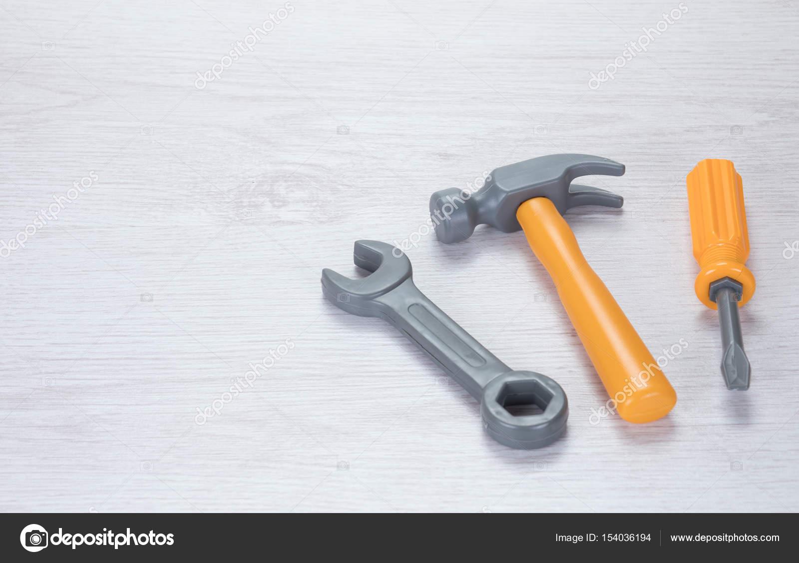 Concetto di DIY e ristrutturazione — Foto Stock © mattkusb #154036194