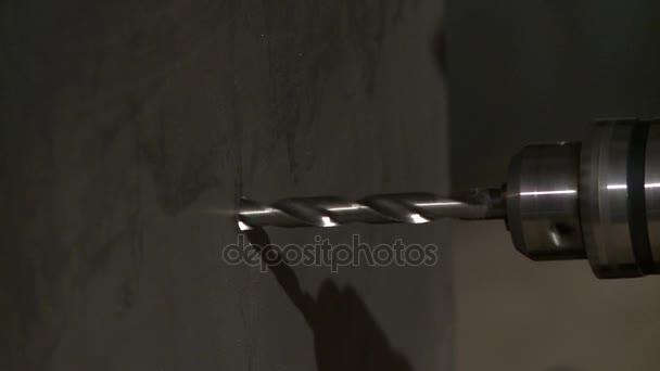 Obrázek z vrtání zdí, detail