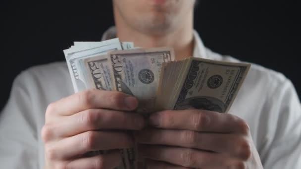 Podnikatel za dolarové bankovky