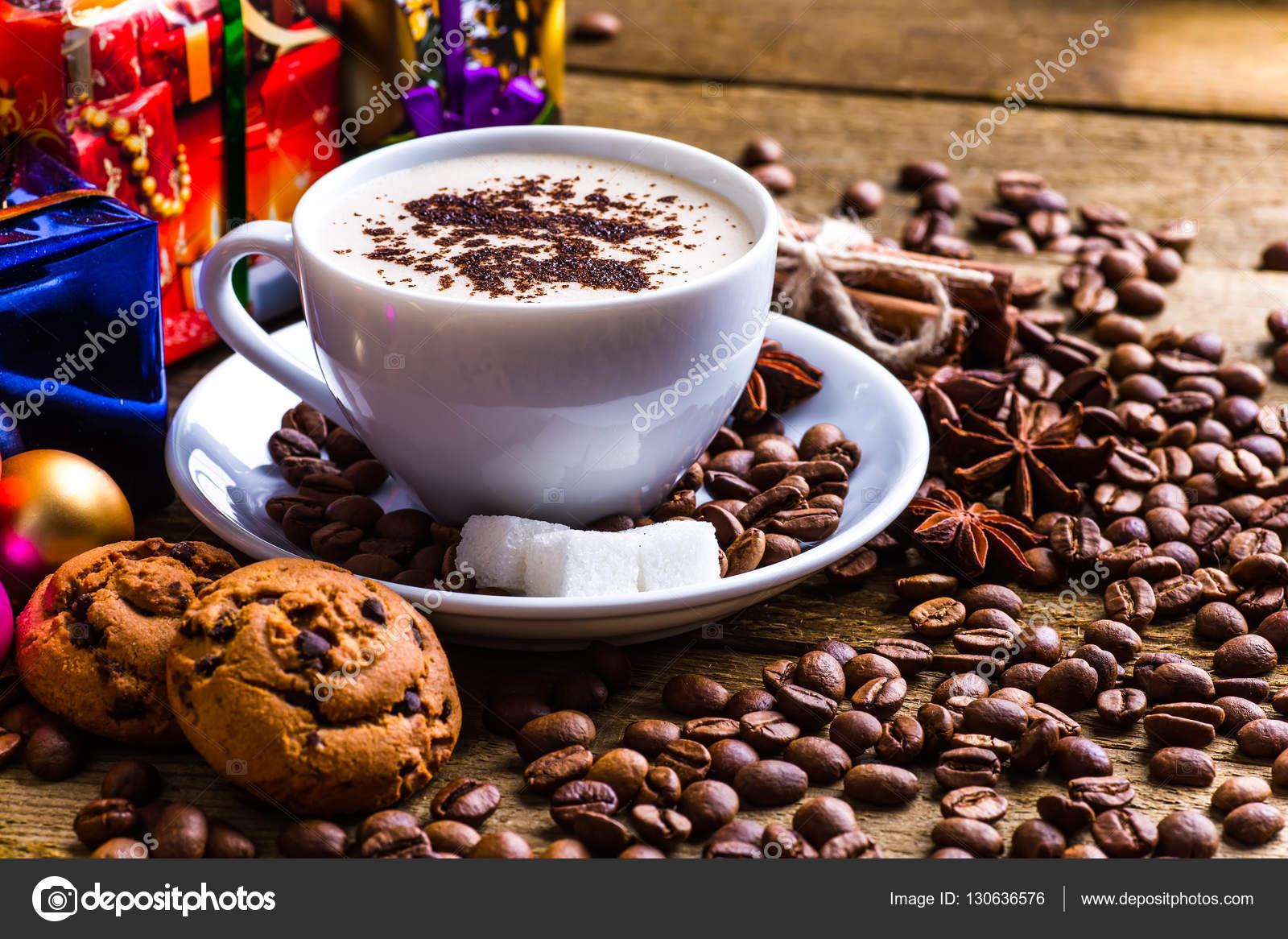 Eine Tasse Kaffee Reisen, Winter, Weihnachten, heiße Getränke ...