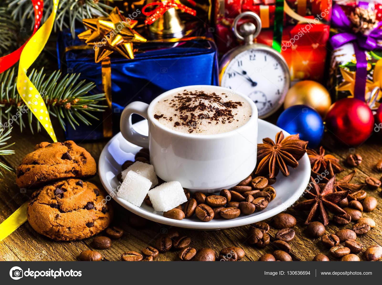Een Warme Winter : Een kopje koffie vakantie winter kerst warme dranken u2014 stockfoto