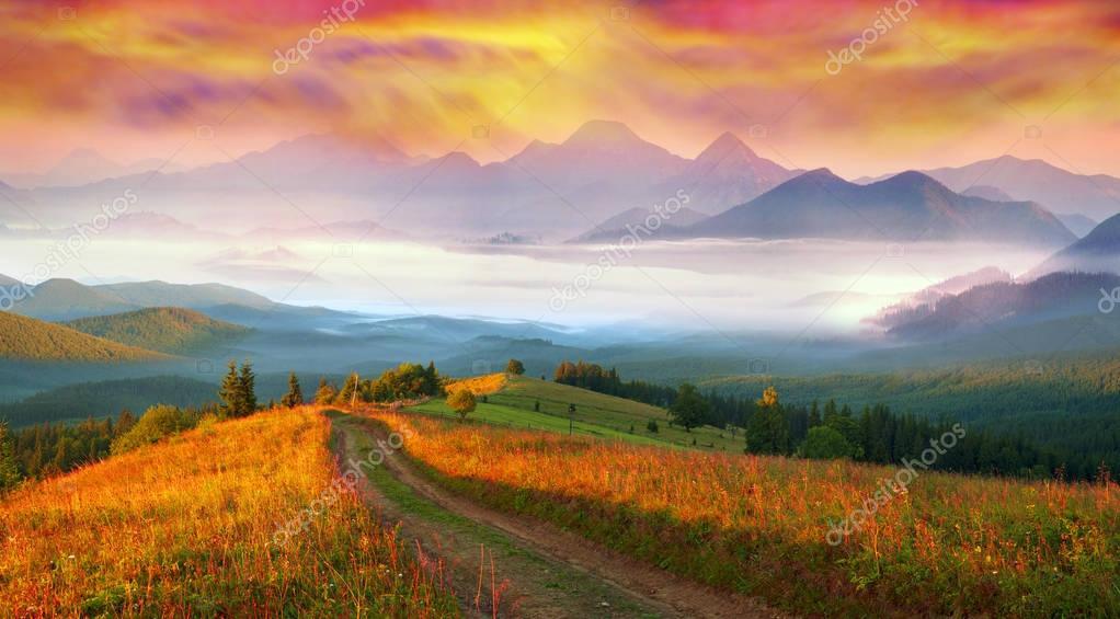Dawn above the village of Vorokhta