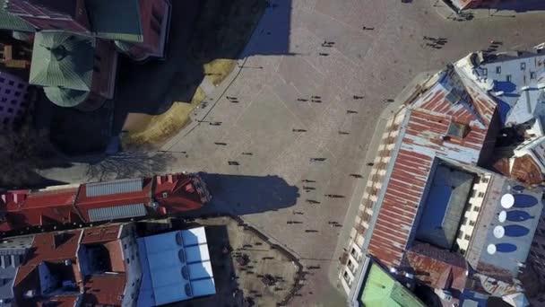 Letecký pohled na centrum města v Rize. Doma laukums nebo náměstí z výšky.