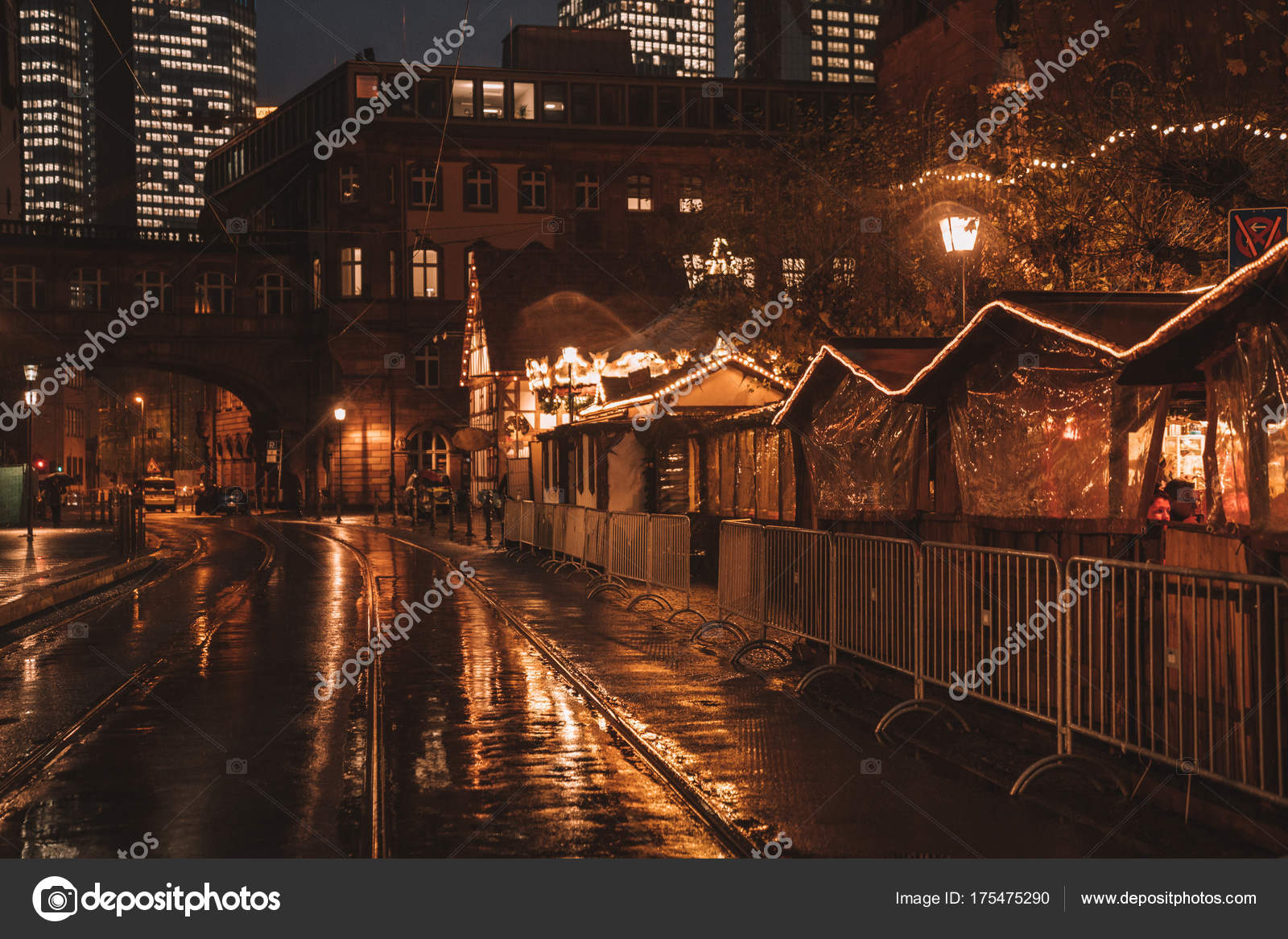 Weihnachtsstimmung Schnee Nacht Markt Feiern Weihnachten Feiertage ...