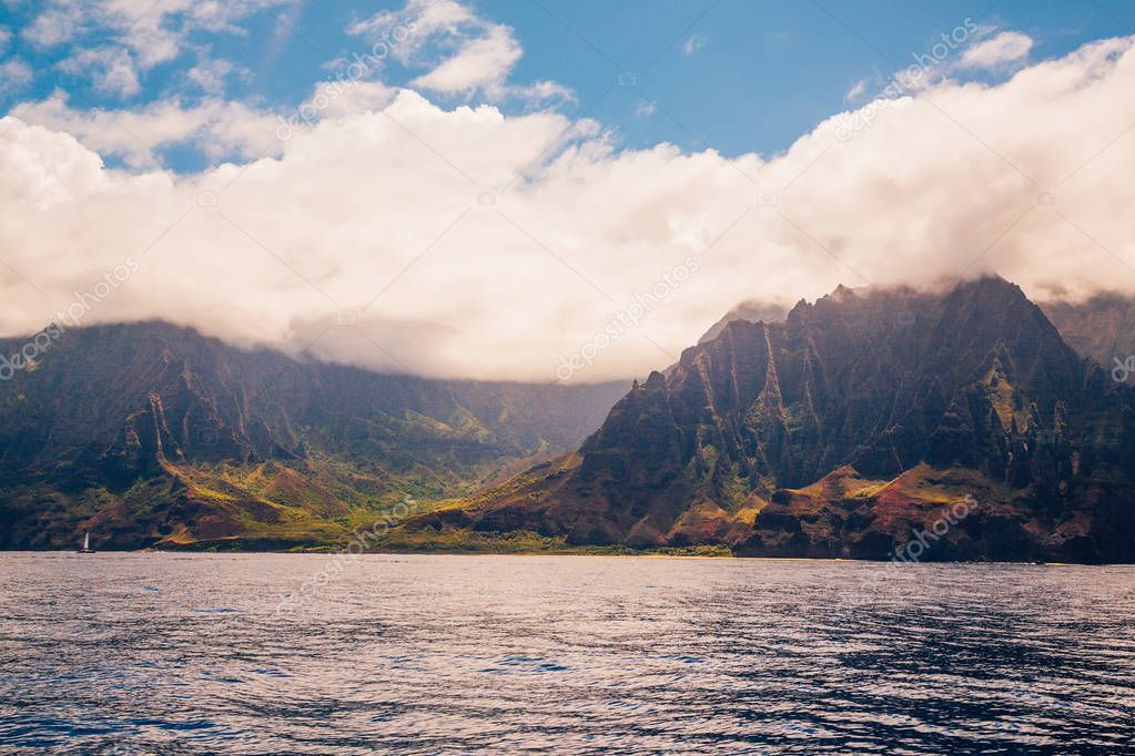 Beautiful view of spectacular Na Pali coast cliffs on Kauai island, Hawaii