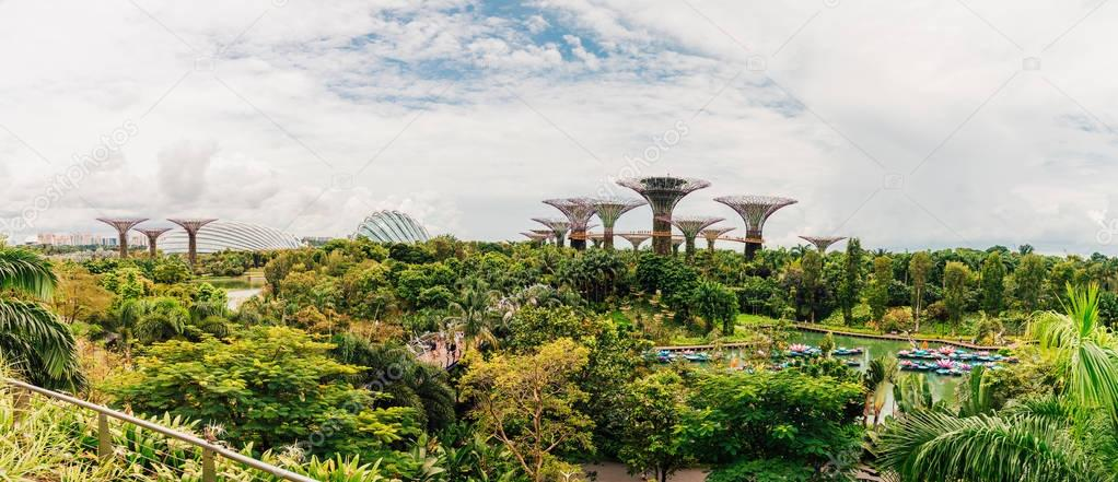 SINGAPORE - OCT 27: Panorama view of The Supertree Grove at Gardens by the Bay on Oct 25, 2017 in Singapore. Spanning 101 hectares, and five-minute walk from Bayfront MRT Station.