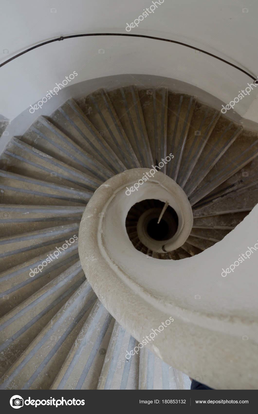 Imagenes Escaleras En Espiral Las Escaleras Espiral Arriba Abajo - Escaleras-en-espiral