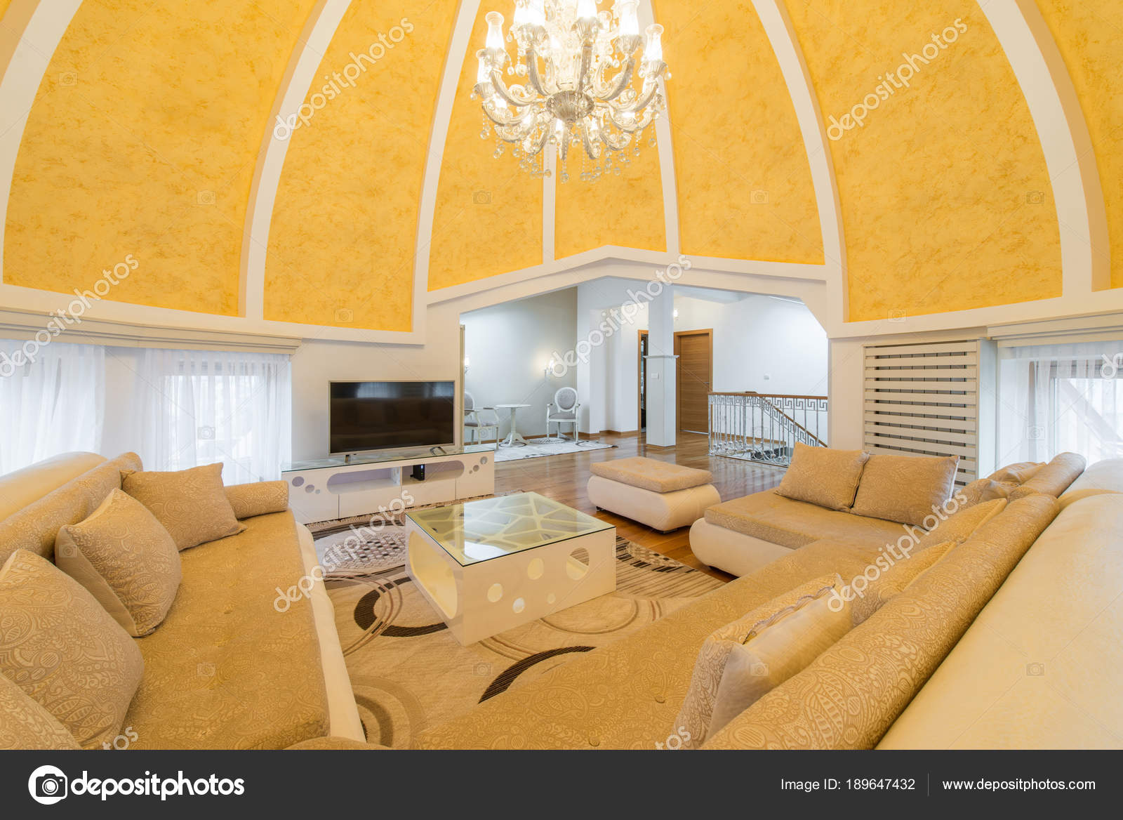 Interni Villa Di Lusso : Interni di una villa di lusso cupola appartamento soggiorno a
