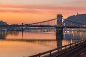 Fényképek Budapest, Magyarország - panorámás skyline view Budapest, a híres Szechanyi Lánchíd napkeltekor