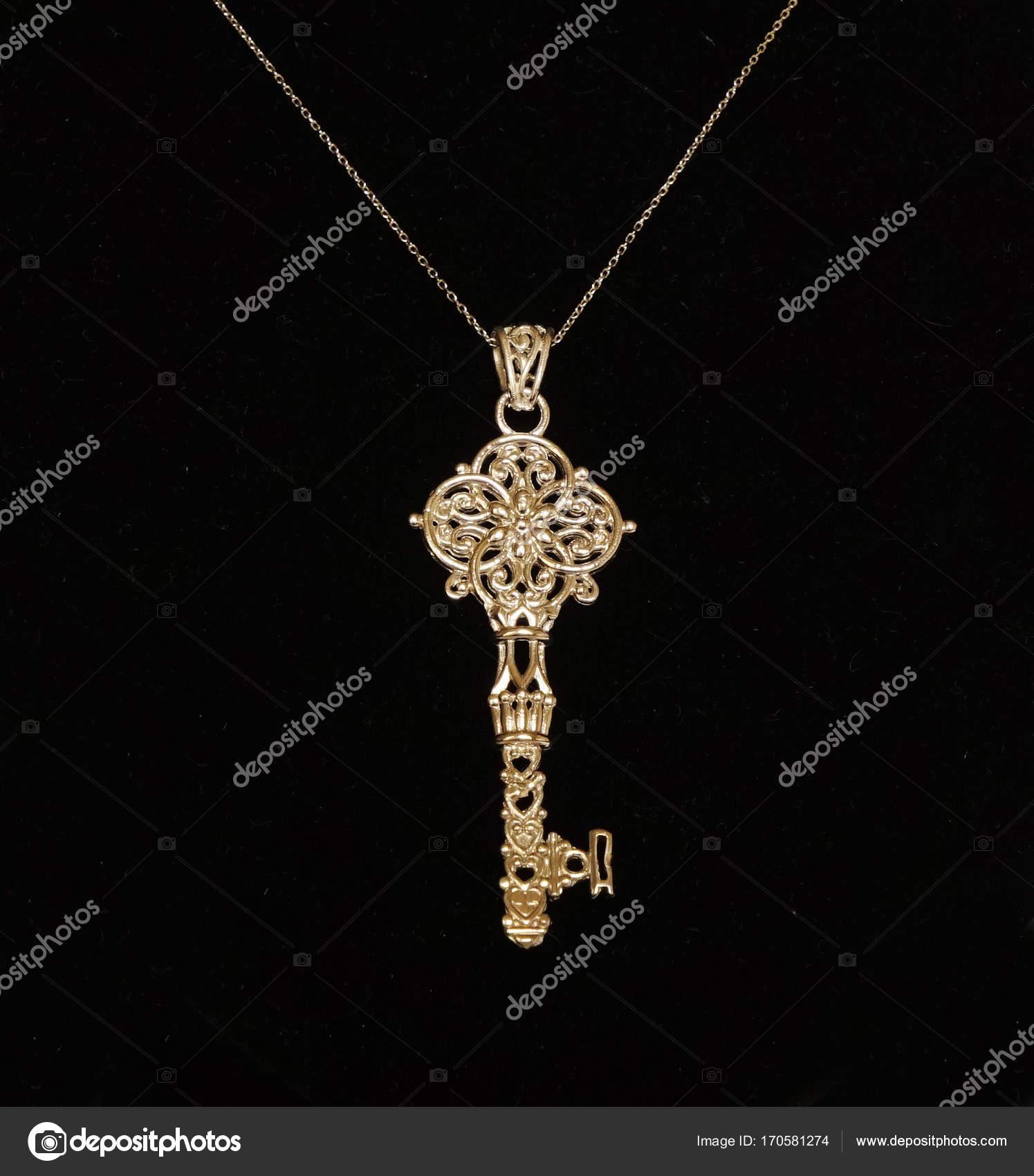 Beautiful antique Oriental Turkish gold jewelry womens chain