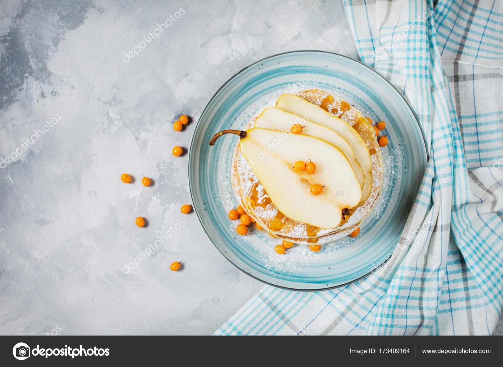 Petit déjeuner fait maison : style américain crêpes accompagnées de ...