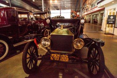 Black 1915 Ford Model T Roadster