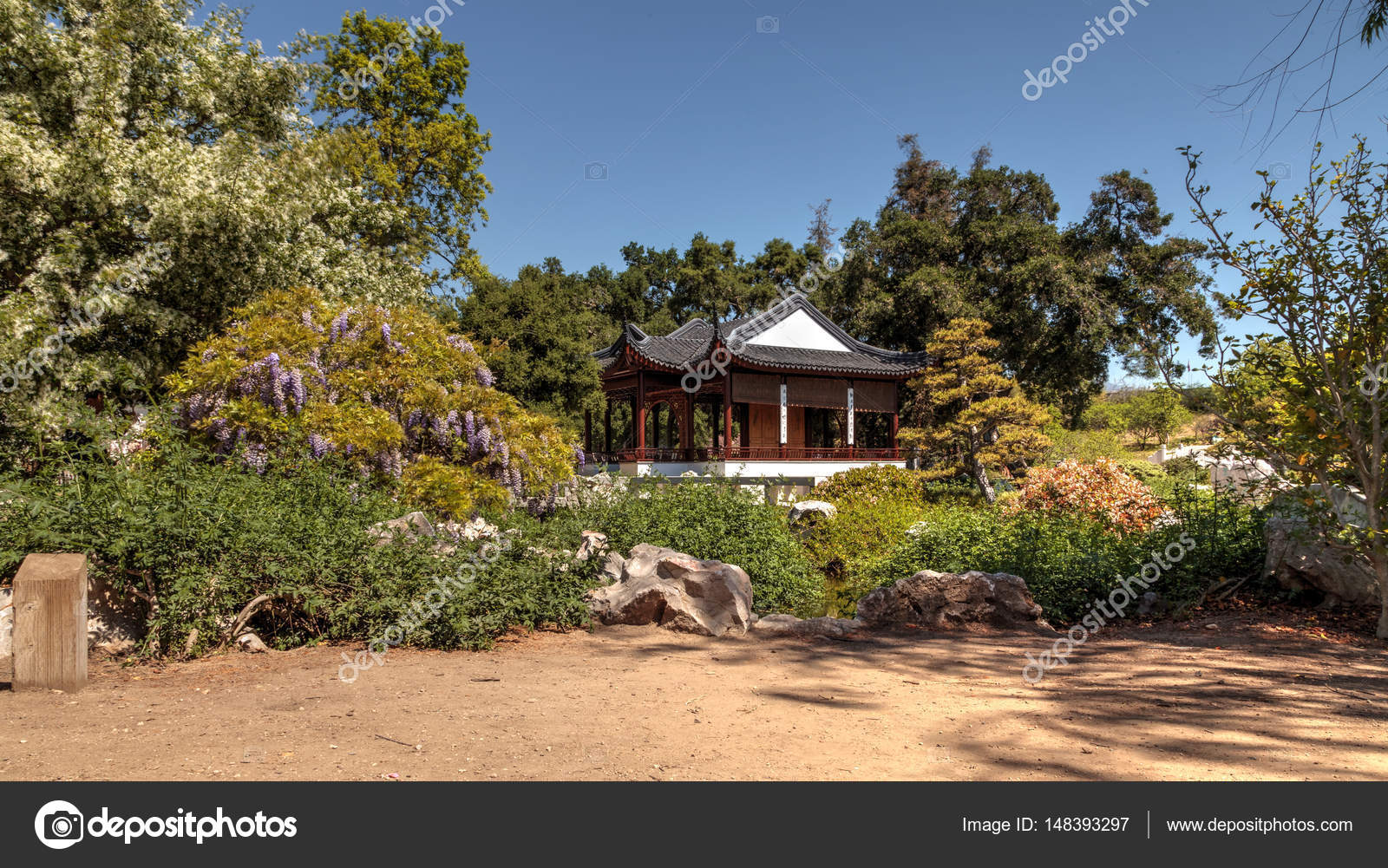 Chinese garden at the Huntington Botanical Gardens – Stock Editorial ...