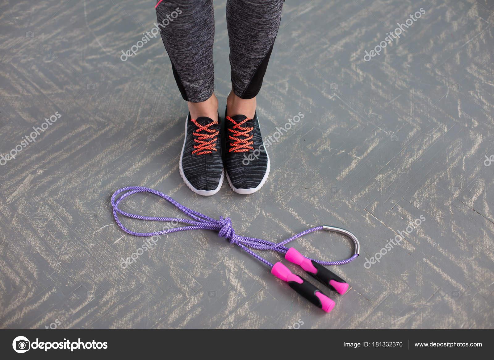 Photographie Sport Sur Saut Corde Photokool Chaussures Fond Bois — FKl1Jc