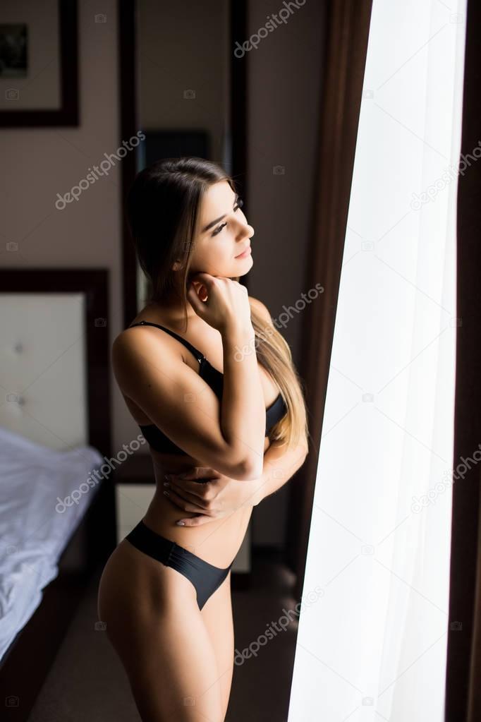 seksualnaya-tatarochka-v-chernom-bele