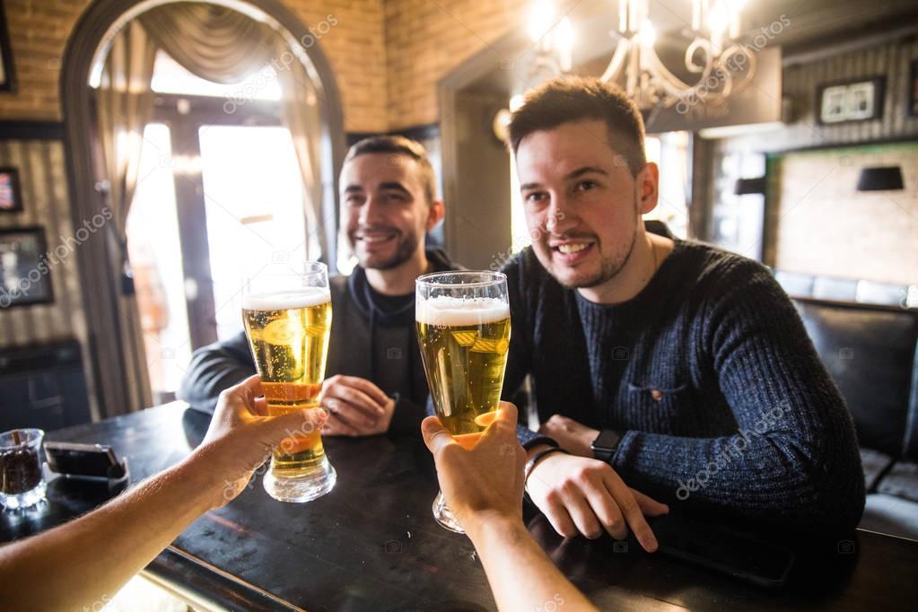 Rencontres hommes barmans