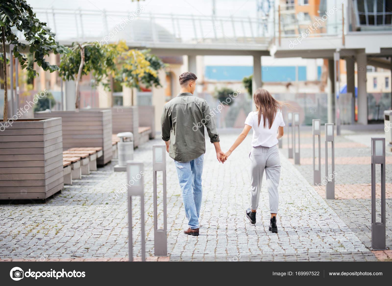 Знакомства love and flirt знакомства зрелые замужние любовницы ярославль