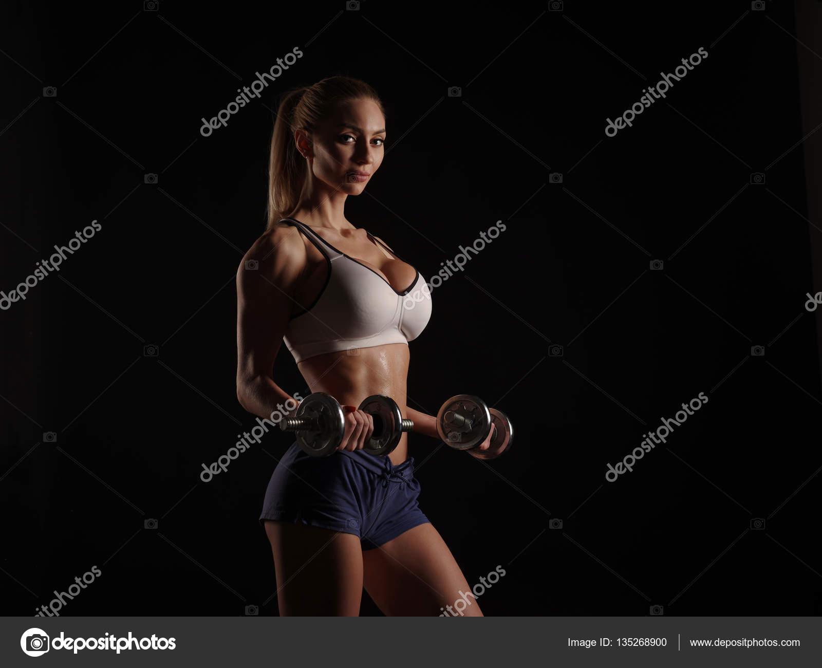 Сексуальная и спортивная