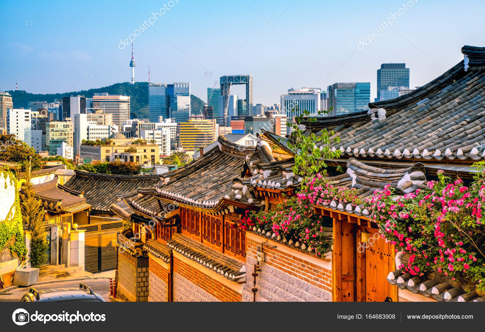 Traditional Korean Style Architecture At Bukchon Hanok Village In Seoul South Korea Photo By Fenlio