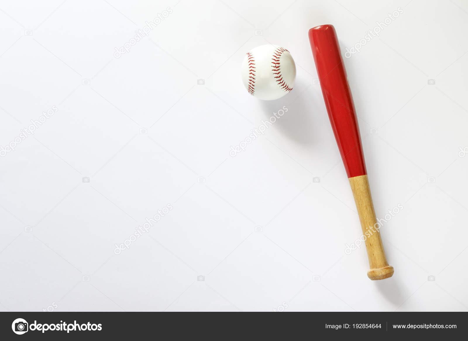 Palo de béisbol y balón. Aislado en blanco — Fotos de Stock ... 90abd4b9f984e