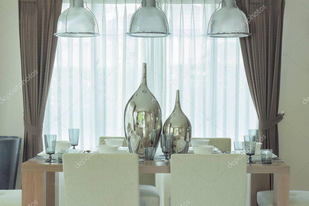 Frascos de plata decorativos centro de mesa de comedor en la ...