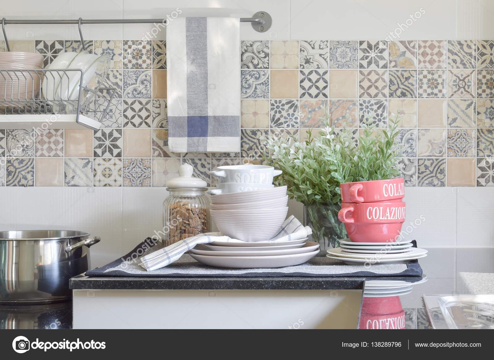 Utensilios de cocina de cer mica moderna y utensilios en for Utensilios de cocina de ceramica