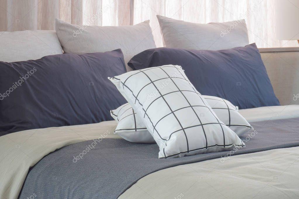 Zwart Wit Kussens : Bank rechthoek decoratieve geometrische ontwerp in zwart wit lang