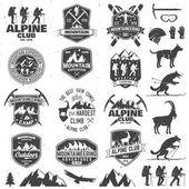 Fotografia Disegno di tipografia vintage con alpinisti e siluetta della montagna