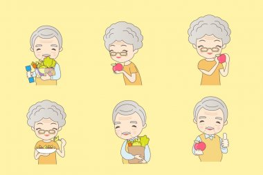 Old couple eat healthy fruits