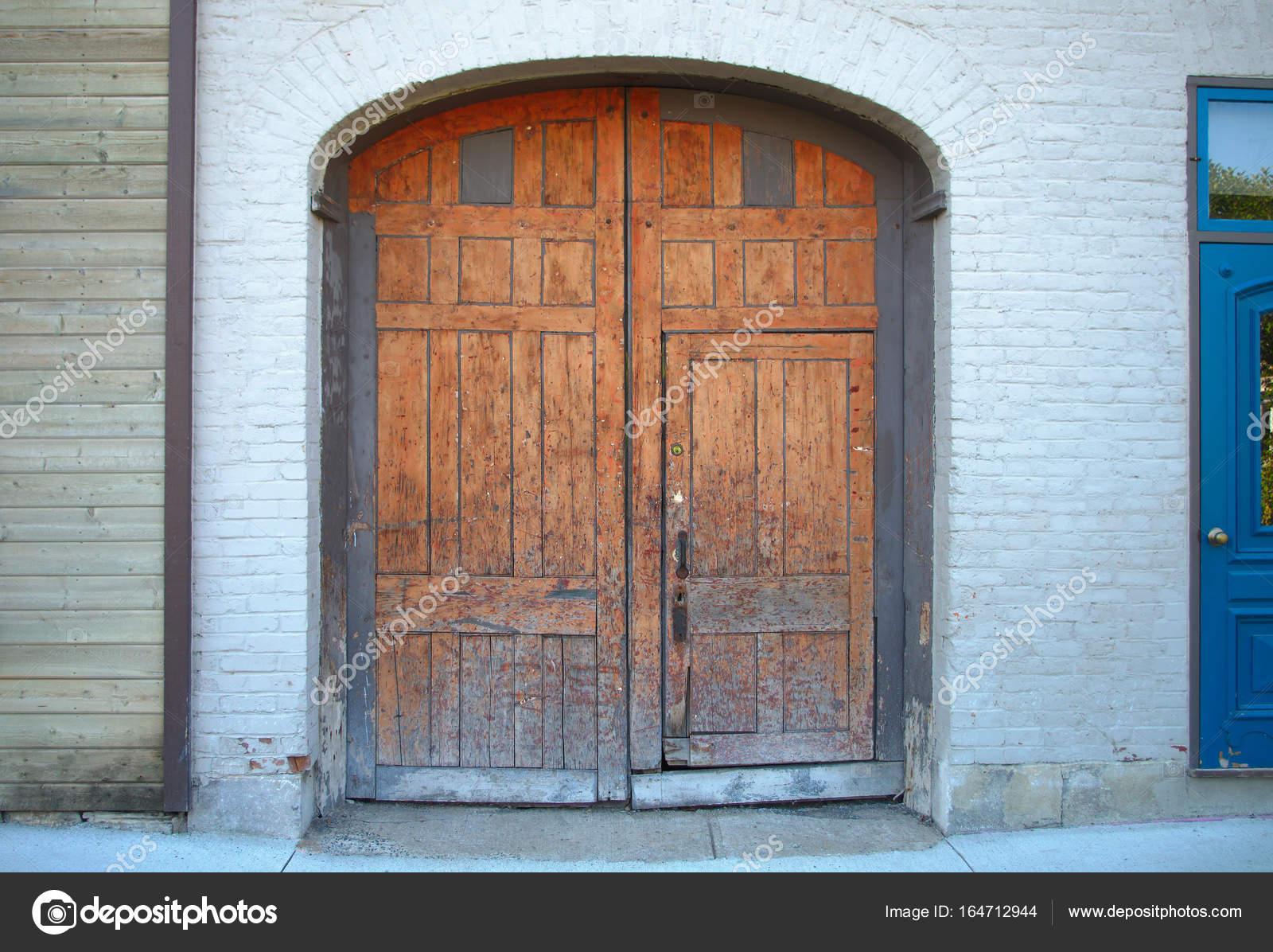 arquitectura de entrada de antigua puerta exterior arco de puerta de ...