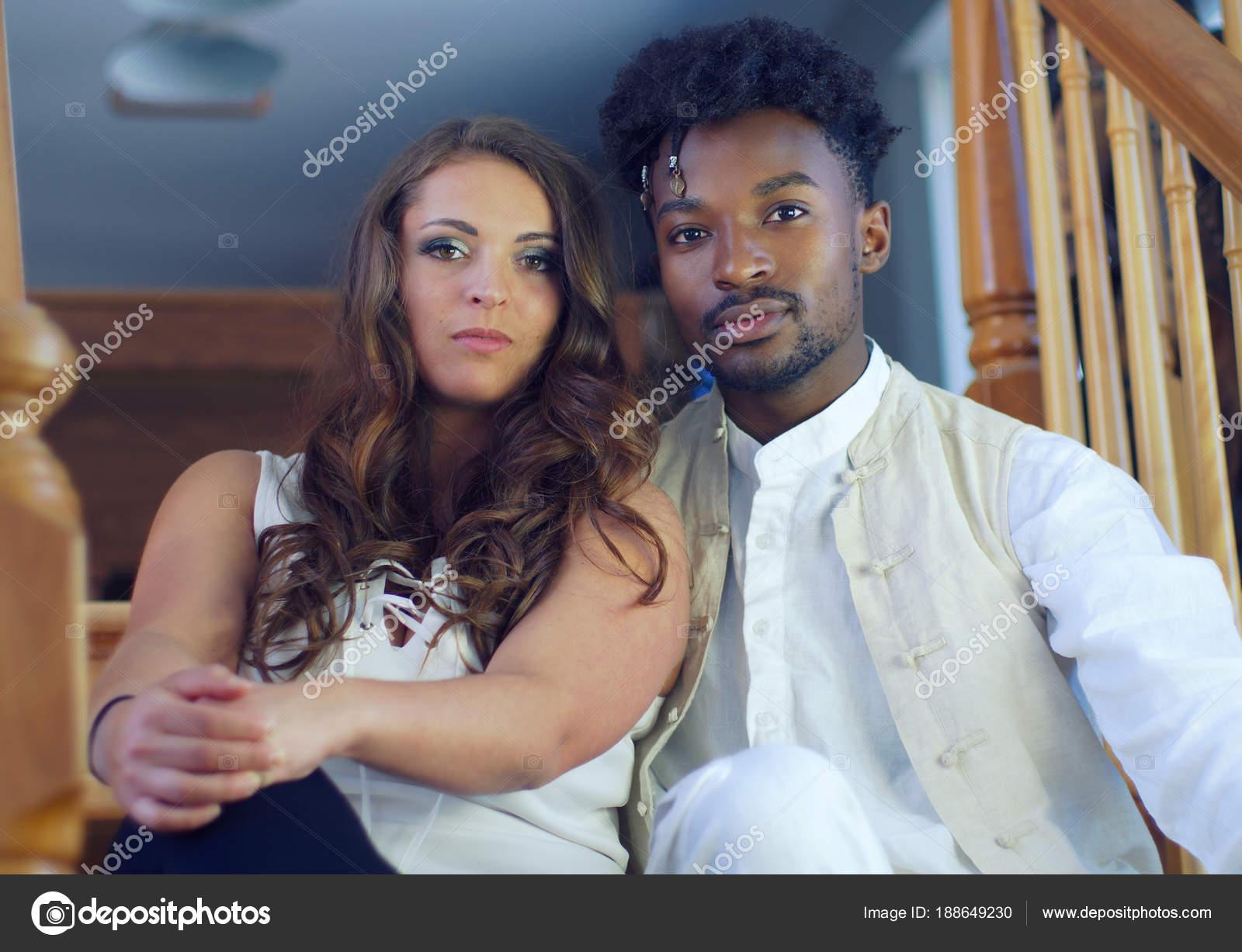 Randki międzyrasowe afrykańskie