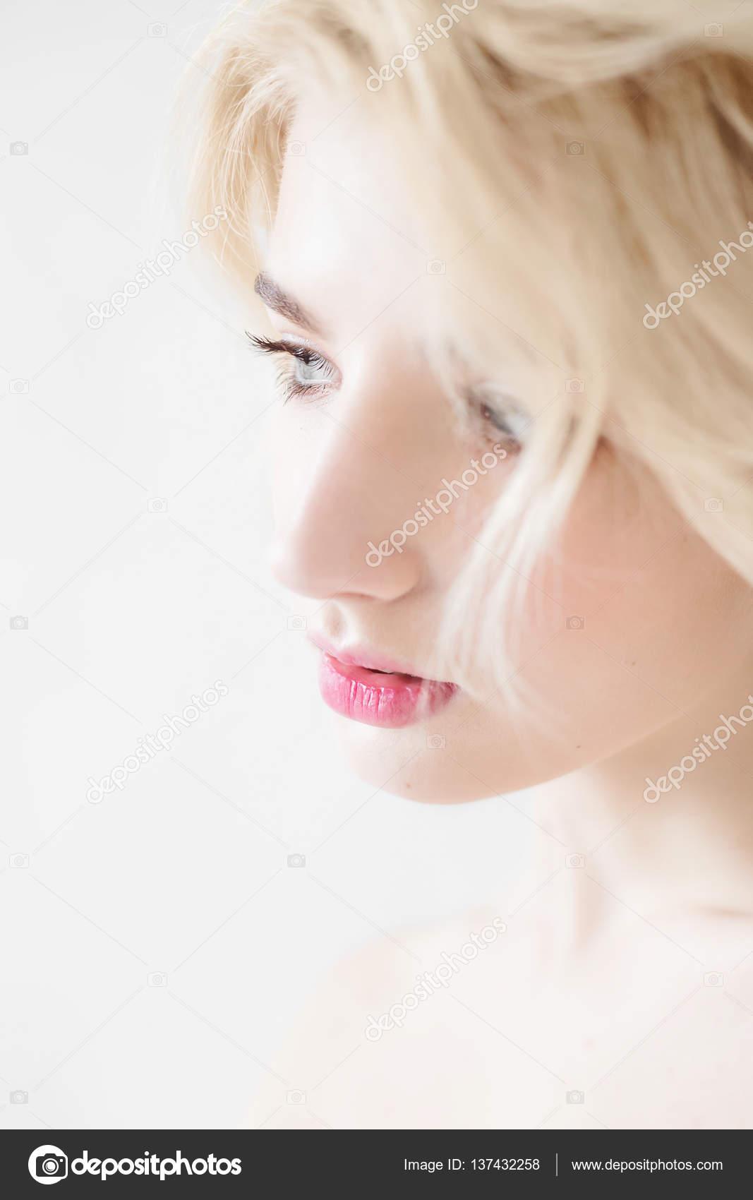 salma hayek nude scene pics