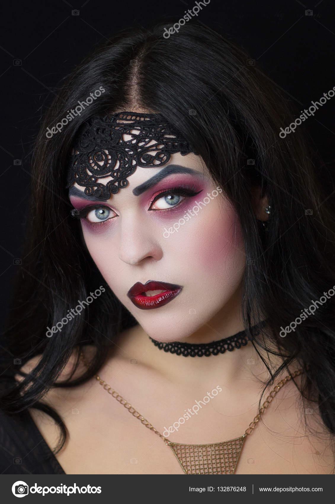 Макияж ведьмы на Хеллоуин, вечеринки и праздники
