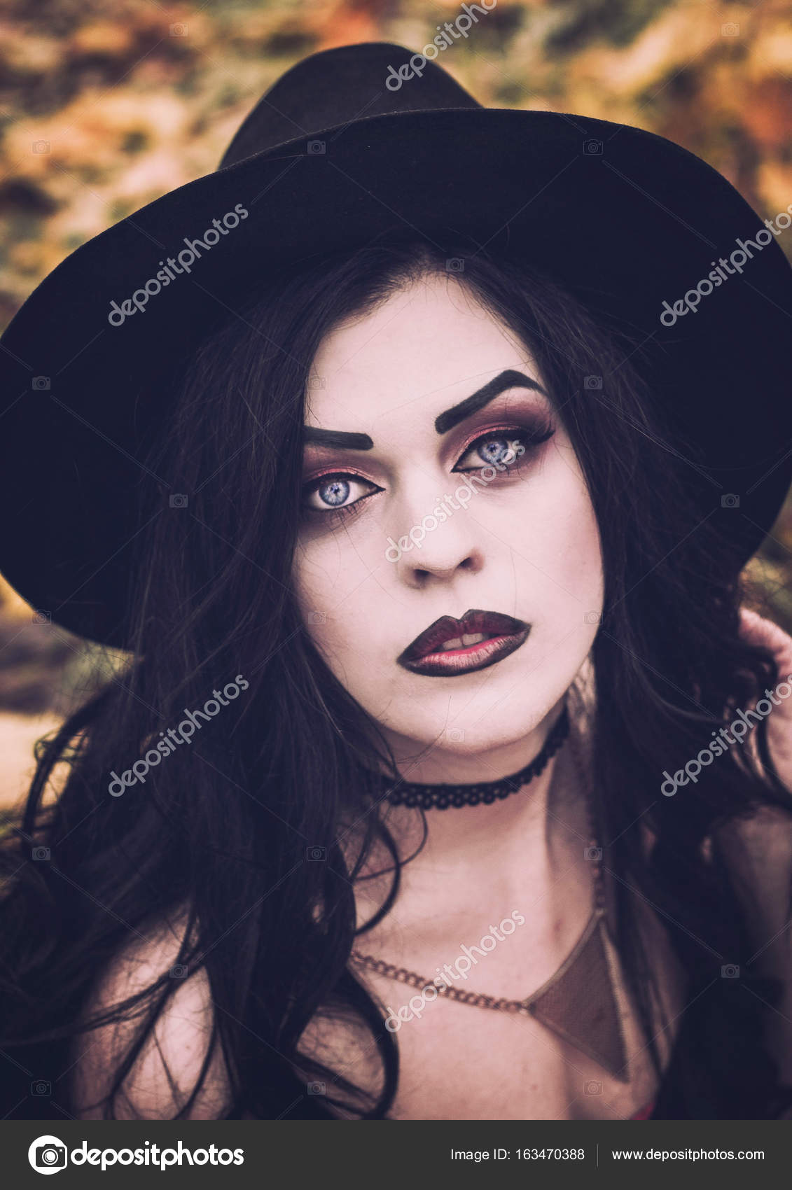 Fotos Maquillaje De Bruja Sexi La Imagen De Una Bruja Para - Maquillaje-profesional-halloween