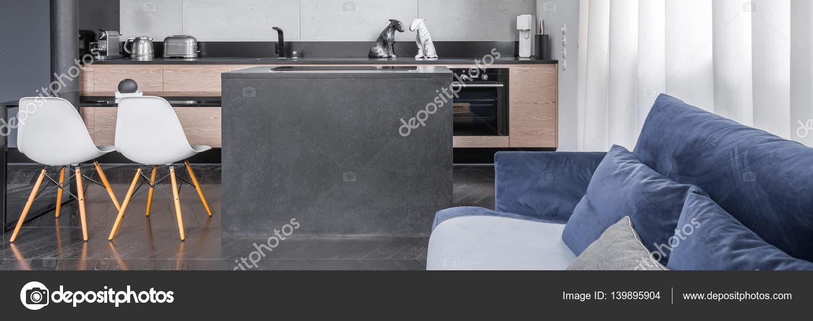 Offene Küche zum Wohnzimmer — Stockfoto © in4mal #139895904