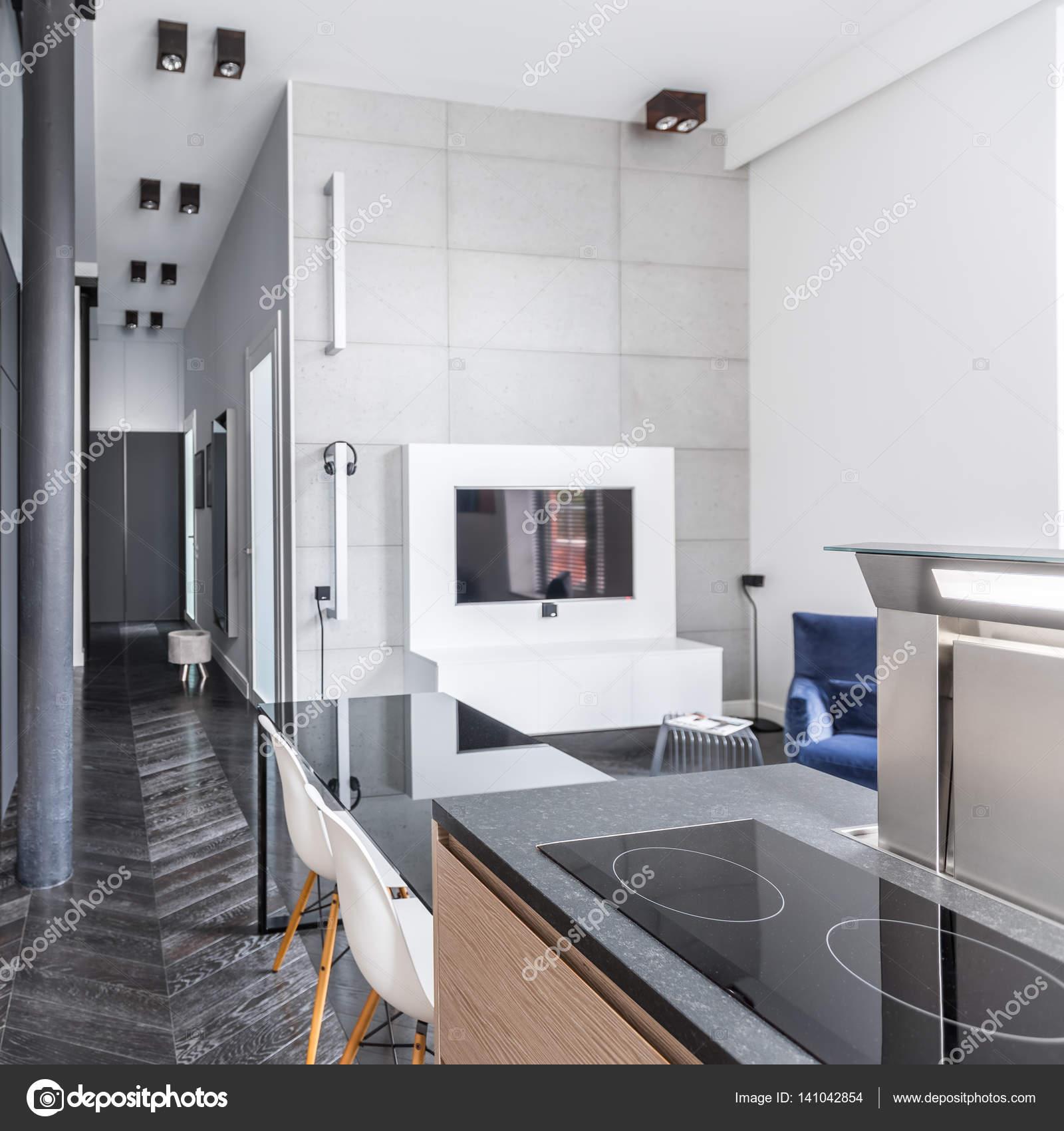 Offene Küche zum Wohnzimmer — Stockfoto © in4mal #141042854