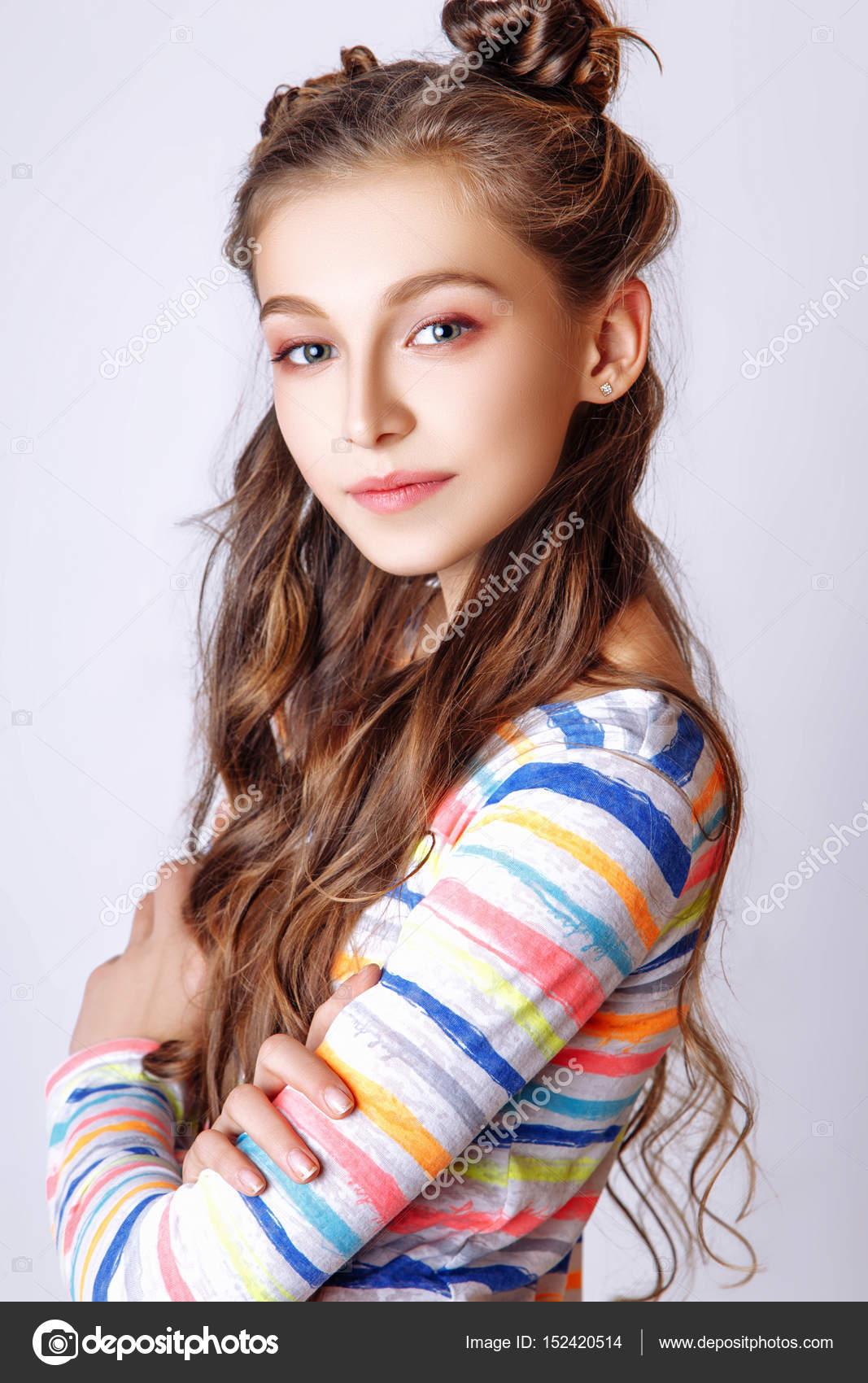 Teenaage girls with curley hair #12