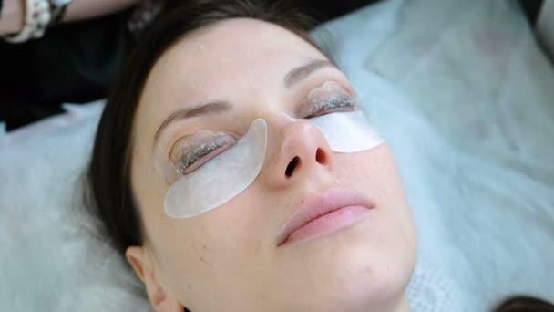 Schönheitsbehandlung. Botox und Peitsche Laminierung. Nahaufnahme.