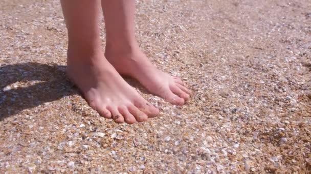 Füße geile mädchen Lesben Dreier,
