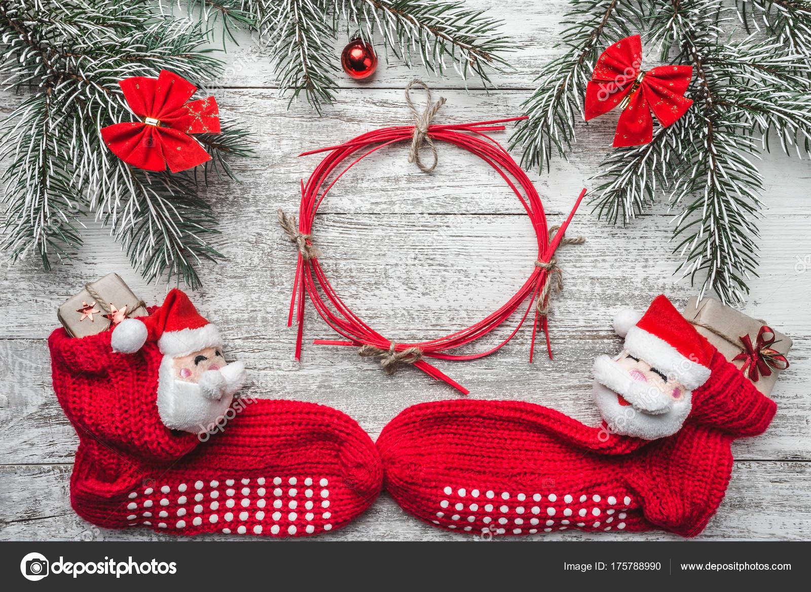 Tarjeta Felicitación Navidad Fondo Madera Blanco Media Navidad Con ...
