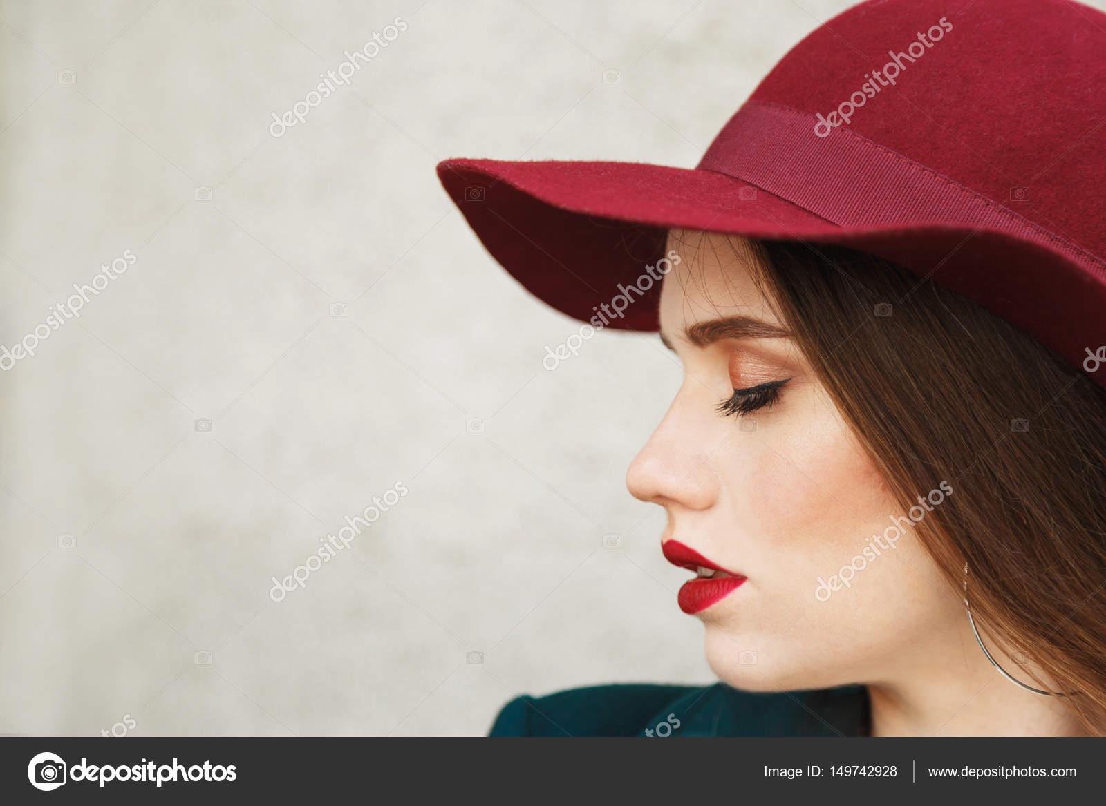 caldo giovane rosso testa