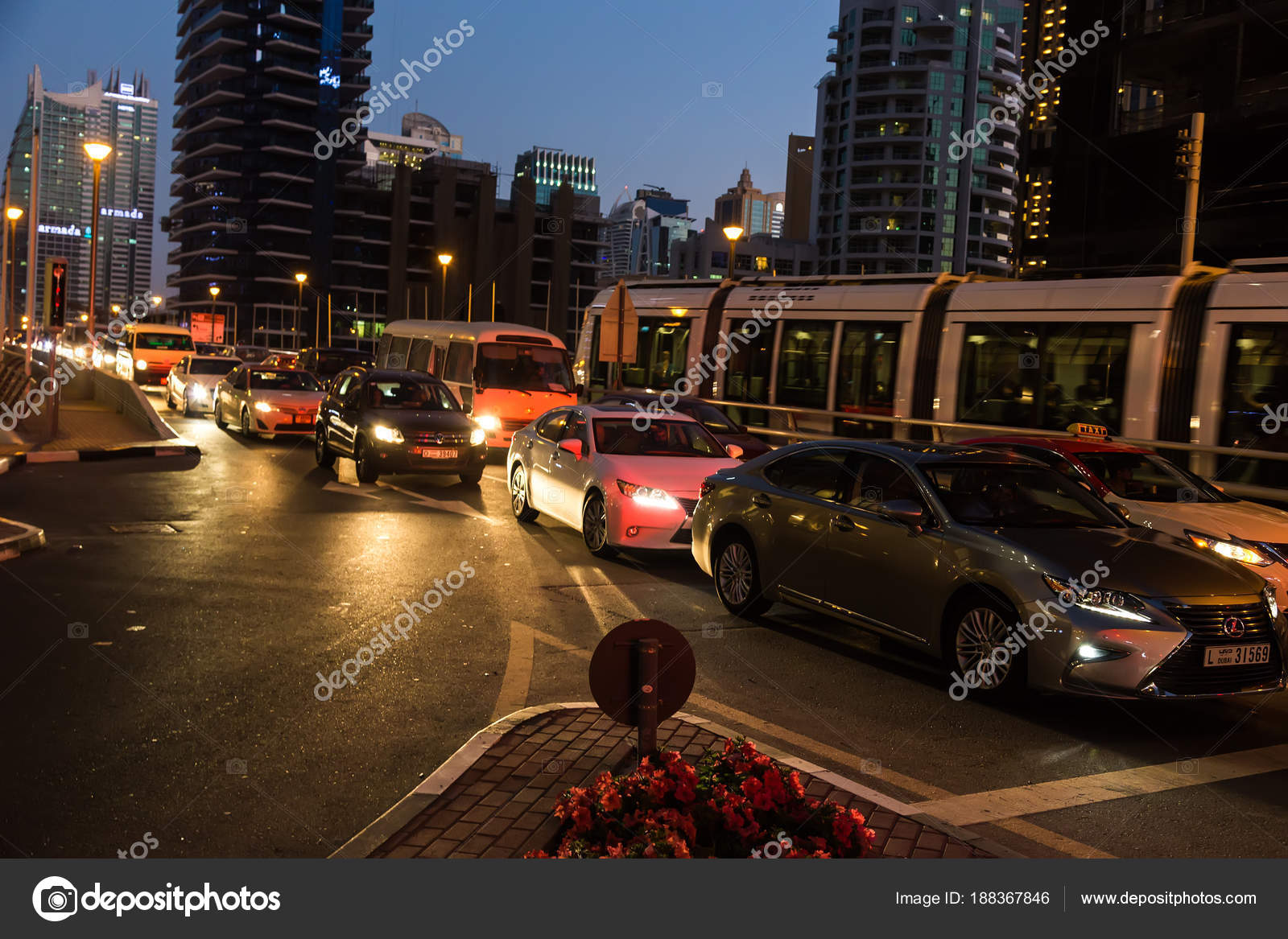 Dubai Uae February 2018 Cars Evening Traffic Jam Streets Modern Stock Editorial Photo C Endewer1 Mail Ru 188367846