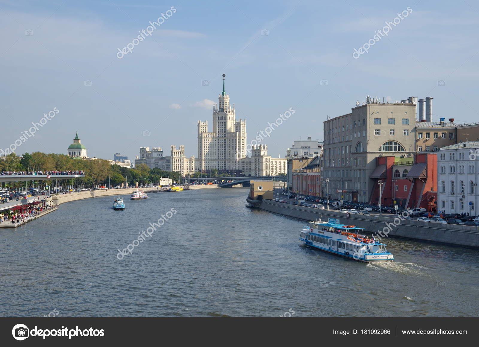 Moscow embankments 93