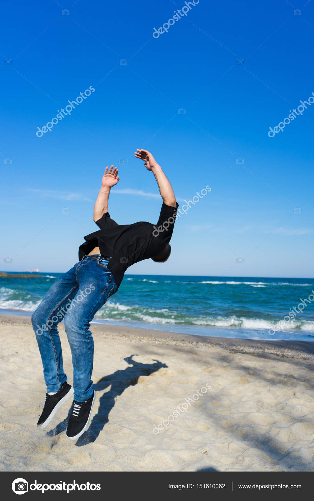 2bb5061160eafb young parkour man doing flip or somersault — Stock Photo © igor ...