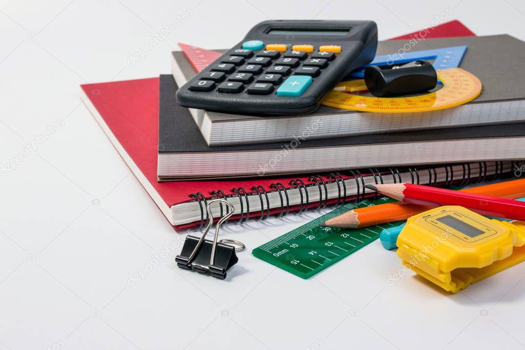 fournitures scolaires utilis s en classe de math matiques. Black Bedroom Furniture Sets. Home Design Ideas
