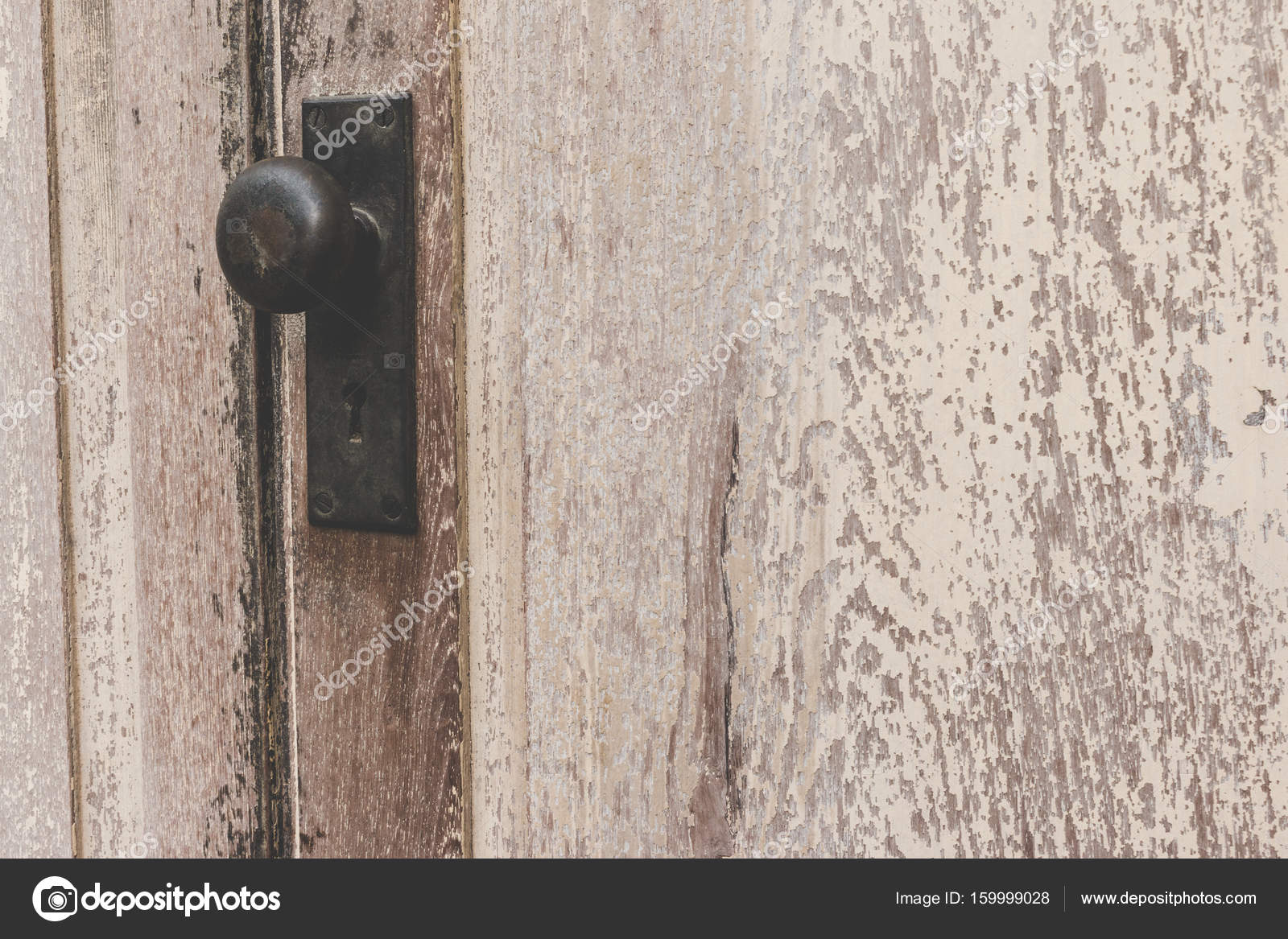 Rustic Vintage Door Knob On Antique Wood And Keyhole Made Of Brass The Old Wooden For Background Photo By Wittayayut