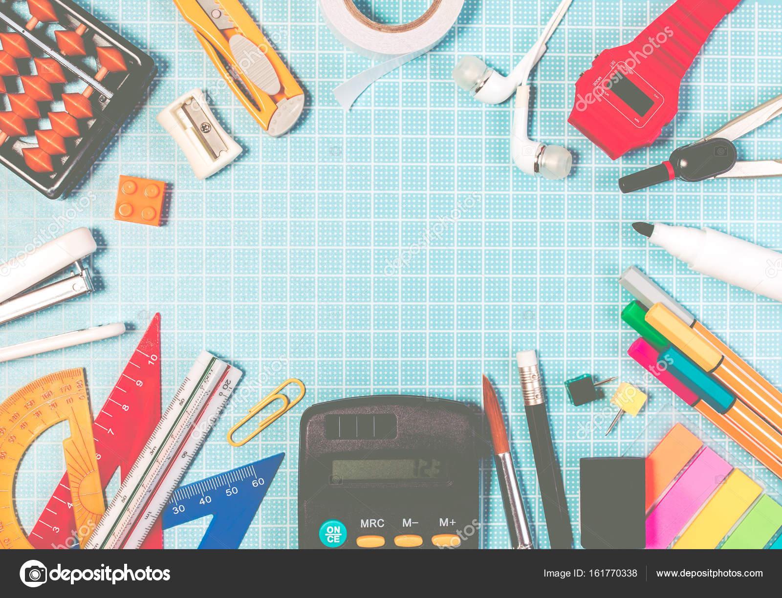 Suministra el marco de la educación escolar en plástico azul cortar ...