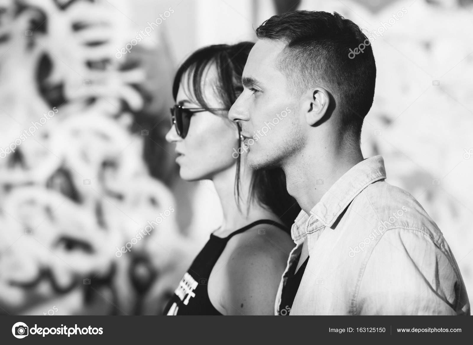 Esempi di profili creativi di dating online