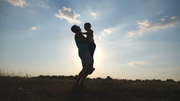 Pappor mot döttrar dating modell